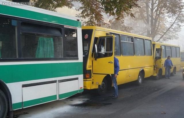 Мэрия Одессы существенно сократит стоянку маршруток на Александровском проспекте