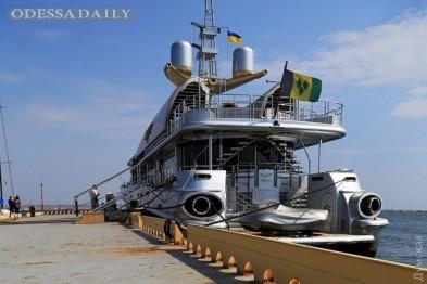 В Одессе пришвартовалась яхта Бориса Березовского