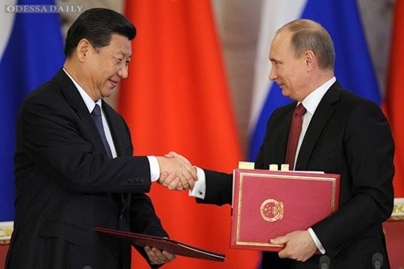 Немцов: Россиянам самим придется спонсировать экспорт своего же газа в Китай