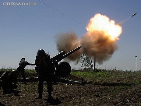 Пресс-центр АТО: Боевики обстреляли позиции украинских военных 148 раз