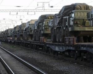 Россия отправила в Дебальцево вагоны с боеприпасамии техникой
