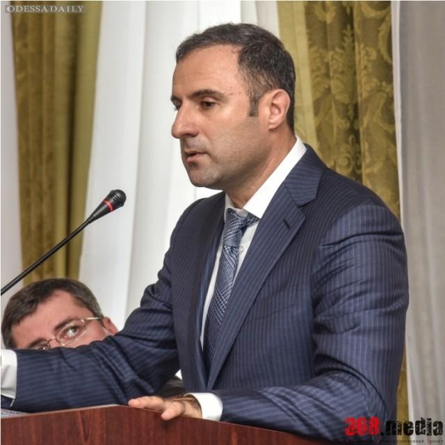Наркоторговля в одесской милиции: Лорткипанидзе обещает уволить руководство УБНОН