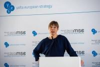 Олег Устенко: Три не экономических совета руководству Украины от президента Эстонии