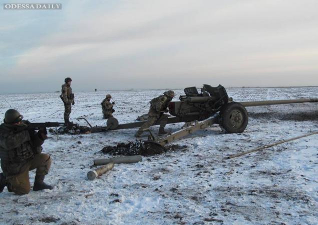 Под Мариуполем возобновились бои: уничтожено 10 единиц техники противника и 40 боевиков ДНР