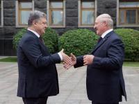 Порошенко и Лукашенко начали переговоры за закрытыми дверями