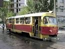 В центре города сошел с рельсов неисправный трамвай