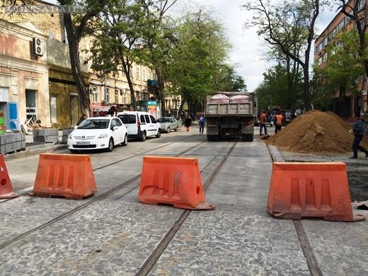 В Одессе продолжается капремонт улицы Преображенской