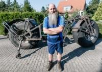 Немец построил велосипед весом более 900 килограммов