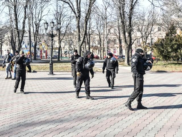 Одесса готовится к футболу: центр города заполонили силовик