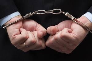 Еще один предприниматель задержан, двое пока не выходят с допроса