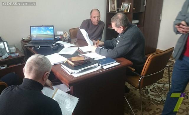СБУ проводит обыск у советника Саакашвили