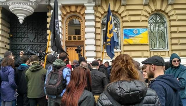 Общественники примут участие в расследовании событий 10 апреля