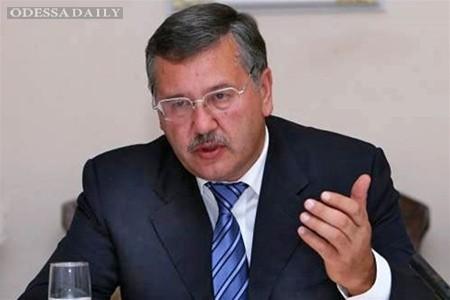 Вводить чрезвычайное или военное положение необходимости нет – Анатолий Гриценко