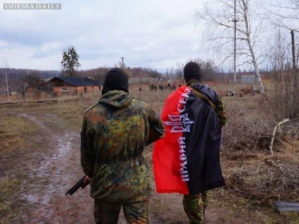 Под Мариуполем сотрудники СБУ вели поиски бойцов Правого сектора