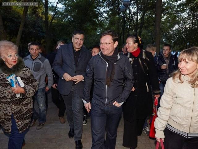 Не так быстро, Саша! Как заму Саакашвили не дали создать партию