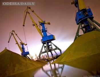 Вступили в силу постановления Кабмина о дерегуляции в морских портах