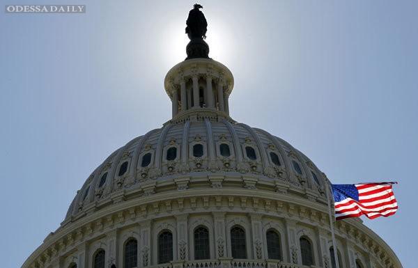 Сенат США разрешил поставки летального оружия Украине