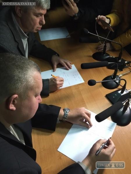 Судьи Малиновского суда Одессы под натиском активистов написали заявления об увольнении