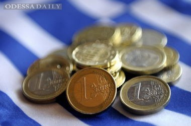 В Греции началась финансовая паника, туристам советуют запастись наличкой