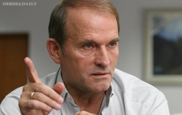 Медведчук намерен засудить Лещенко за вскрытый им сговор Порошенко и кума Путина с целью наживы