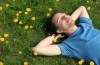 Сколько можно отдыхать: вредны ли выходные для экономики