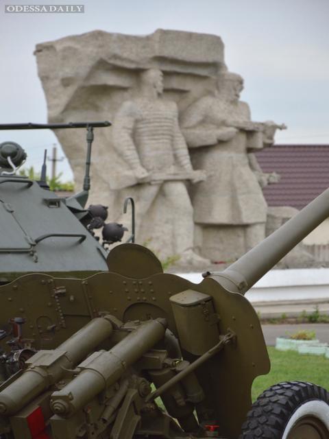 Доверенное лицо Сергея Тигипко по Одесскому региону Валерий Кондратюк оказал помощь в обновлении Мемориала «Одесские катакомбы»