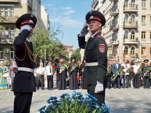 День независимости в Одессе: цветы, политики и митинги