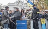 Участники акции протеста под Радой выдвинули новые требования