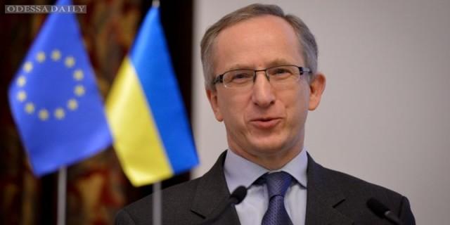 Украинский вопрос практически отсутствует в мировой повестке дня, - экс-посол ЕС в Киеве