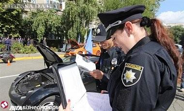 Аваков: Окончательный переход от милиции к полиции займет полгода