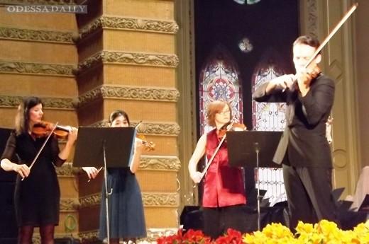 Скрипка Страдивари звучала на открытии фестиваля Odessa Classics