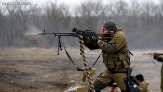 Боевики стреляют во всех секторах АТО, хуже всего - под Донецком