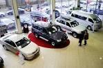 Продажи новых легковых авто в Украине сократились более чем вдвое в 2015 году