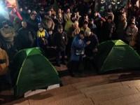 На Майдане в Киеве митингующие установили две палатки