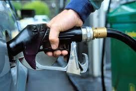 Крупнейшие операторы АЗС повысили цены на топливо