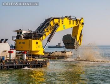 Порт Южный начнет в 2016 году дноуглубление в сторону ТИС для строительства причала МВ Карго