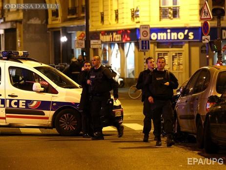 В результате серии взрывов в Париже погибли не менее 153 человек