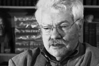 После избиения умер журналист и соучредитель газеты «Новый Петербург»