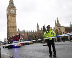 Теракт в Лондоне совершил уроженец Британии, за которым охотились спецслужбы