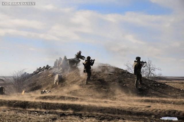 Азов после пятичасового боя отбил атаку боевиков в Широкино
