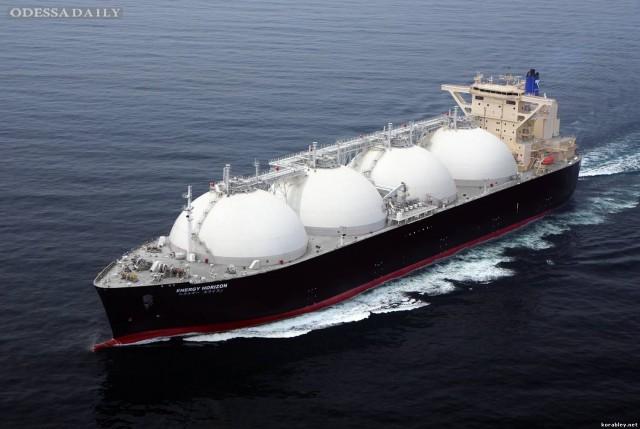 Янукович не может расстаться с мечтой об LNG-терминале в Южном