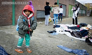 В Нидерланды в октябре прибыли рекордные почти 12 тысяч беженцев