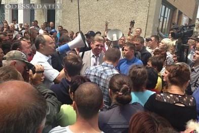Одесситы отправились во Врадиевку требовать отставки Круглова