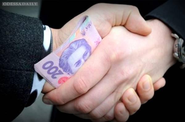 Коррупция в портах или Почему инвесторы проплывают мимо