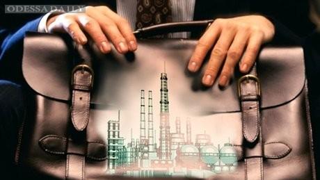 Ложкин за быструю приватизацию, т.к. через три года госпредприятия также могут стоить копейки