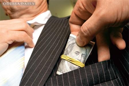 Украина заняла седьмое место по уровню коррупции в бизнесе - EY