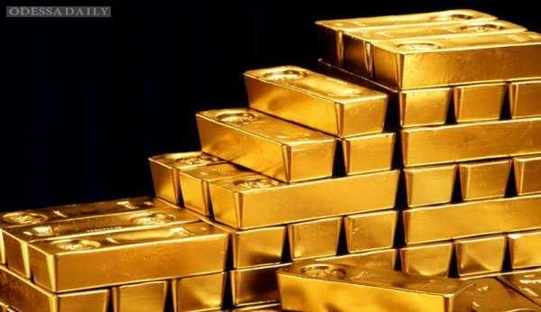 Золото в хранилищах НБУ подменили свинцом