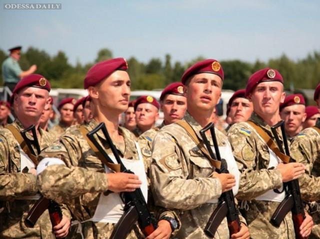 Какая армия нужна Украине: контрактная или призывная?