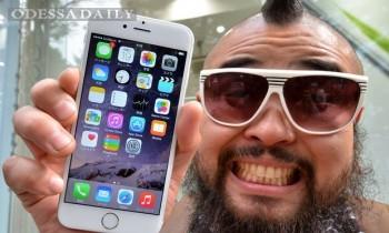 Укрзализныця решила купить сотрудникам iPhone 6s и Macbook Air