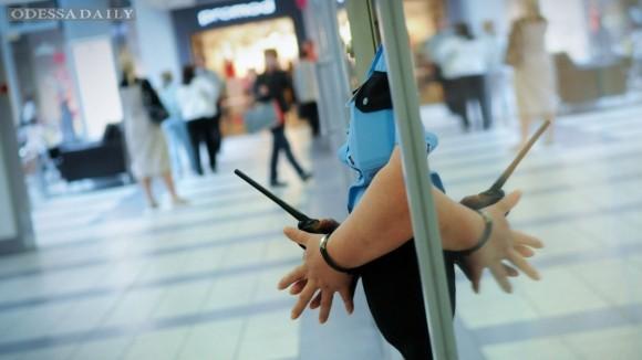 Россияне в 2014 году стали воровать в магазинах на 68% больше